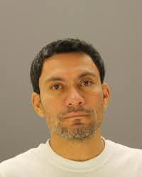 Donaldo Velasquez(Dallas County Sheriff's Department)