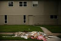 """<p><span style=""""font-size: 1em; background-color: transparent;""""></span></p><p>Elevated homes didn't appear to have as much as damage as some of their neighbors' after Harvey. Residents in the area said people<span style=""""font-size: 1em; background-color: transparent;"""">who experienced flooding in the past adjusted the height of their homes to minimize the impact of flooding in the future.</span></p>(Andy Jacobsohn/Staff Photographer)"""