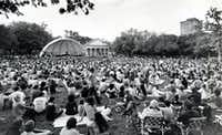 Fans packed Lee Park for the Dallas Symphony Orchestra's concert on Easter Sunday in April 1972.(Joe Larid/Staff Photographer)