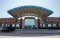 Horn High School is the newest of Mesquite ISD's five high schools. It is filled to capacity with many of the district's 300 portable classrooms on campus. The district anticipates 4,700 new homes in its southeast sector where Horn is and has proposed changing neighborhood feeder school patterns. (Ashley Landis/Staff Photographer)