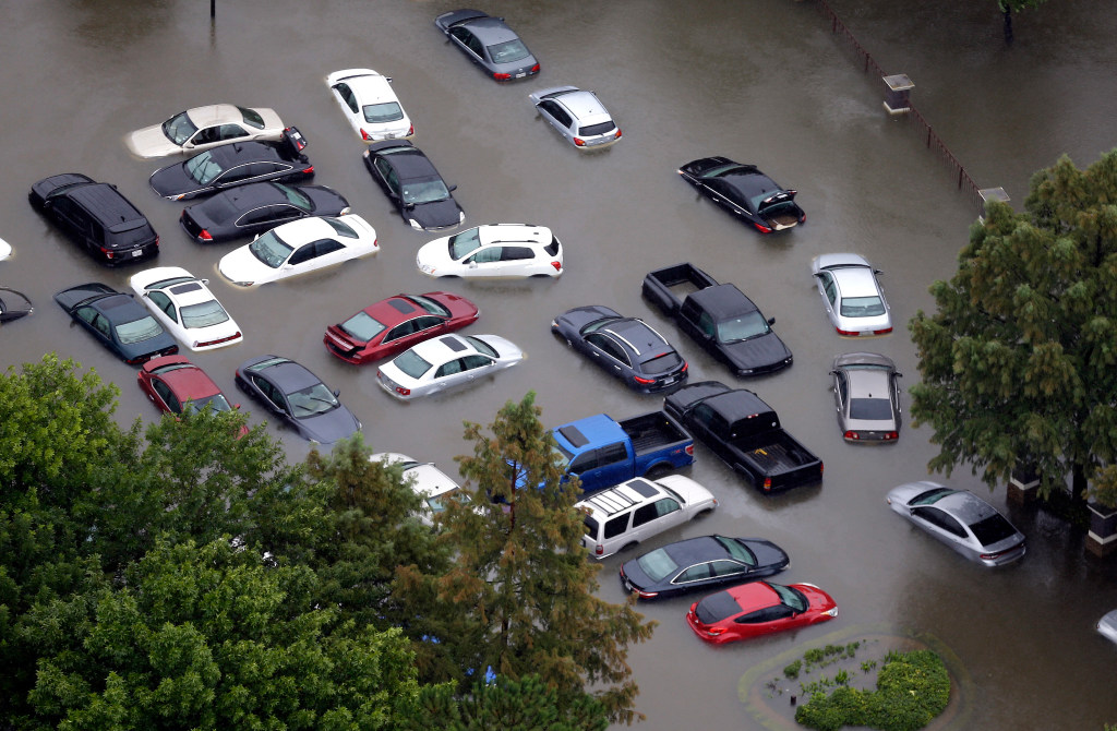 Will flood-damaged cars end up in Dallas-Fort Worth? We're
