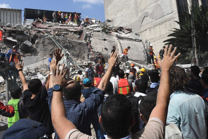 Image result for photos of earthquake in mexico city 2017