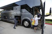 Vonlane has five routes in Texas. Each bus can hold up to 22 passengers. (David Woo/The Dallas Morning News)