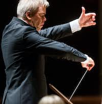 Guest Conductor Hannu Lintu(Ashley Landis/Staff Photographer)