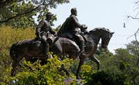 The Robert E. Lee statue at Robert E. Lee Park in Dallas on Sept. 11.(Jae S. Lee/Staff Photographer)