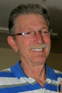 Danny Burch(<br>)
