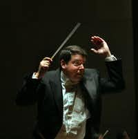 Andrew Litton conducted his final performance as Dallas Symphony Orchestra music director,in May 2006.(File Photo/Staff)