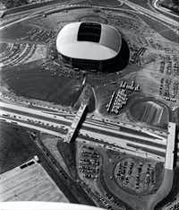 Aerial Photo of Texas Stadium during the inaugural game on Oct. 24, 1971.(1971 File Photo/Staff)