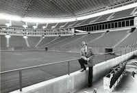 August 13, 1972 - Sportscaster Verne Lundquist at Texas Stadium (1972 File Photo/Staff)