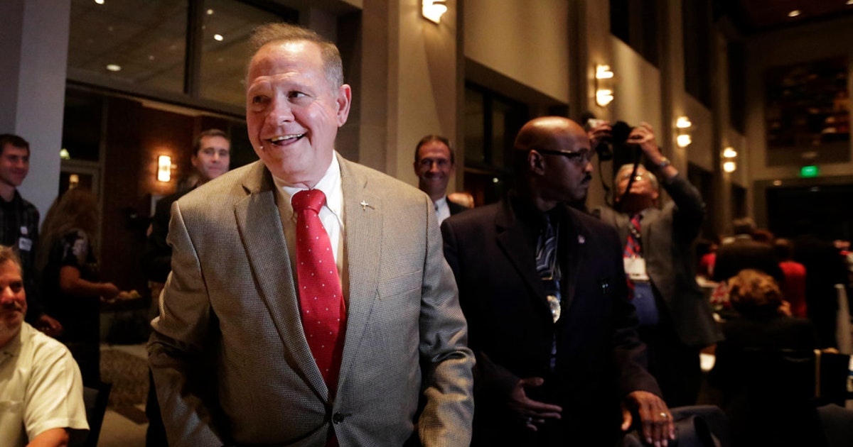Ted Cruz backs controversial Senate candidate Roy Moore