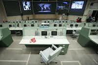 """<p><span style=""""font-size: 1em; background-color: transparent;"""">The former Mission Control is one of the most fascinating parts of any Johnson Space Center tour, because its technology dates to the '50s and '60s and looks nothing like what's used now.</span><br></p>(Smiley N. Pool/Staff Photographer)"""