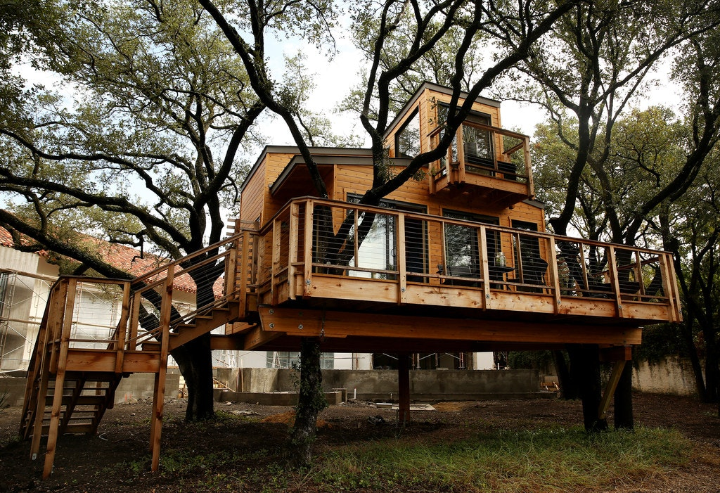 Larissa And Her Husband KC (last Name Withheld) Built A Tree House In Their