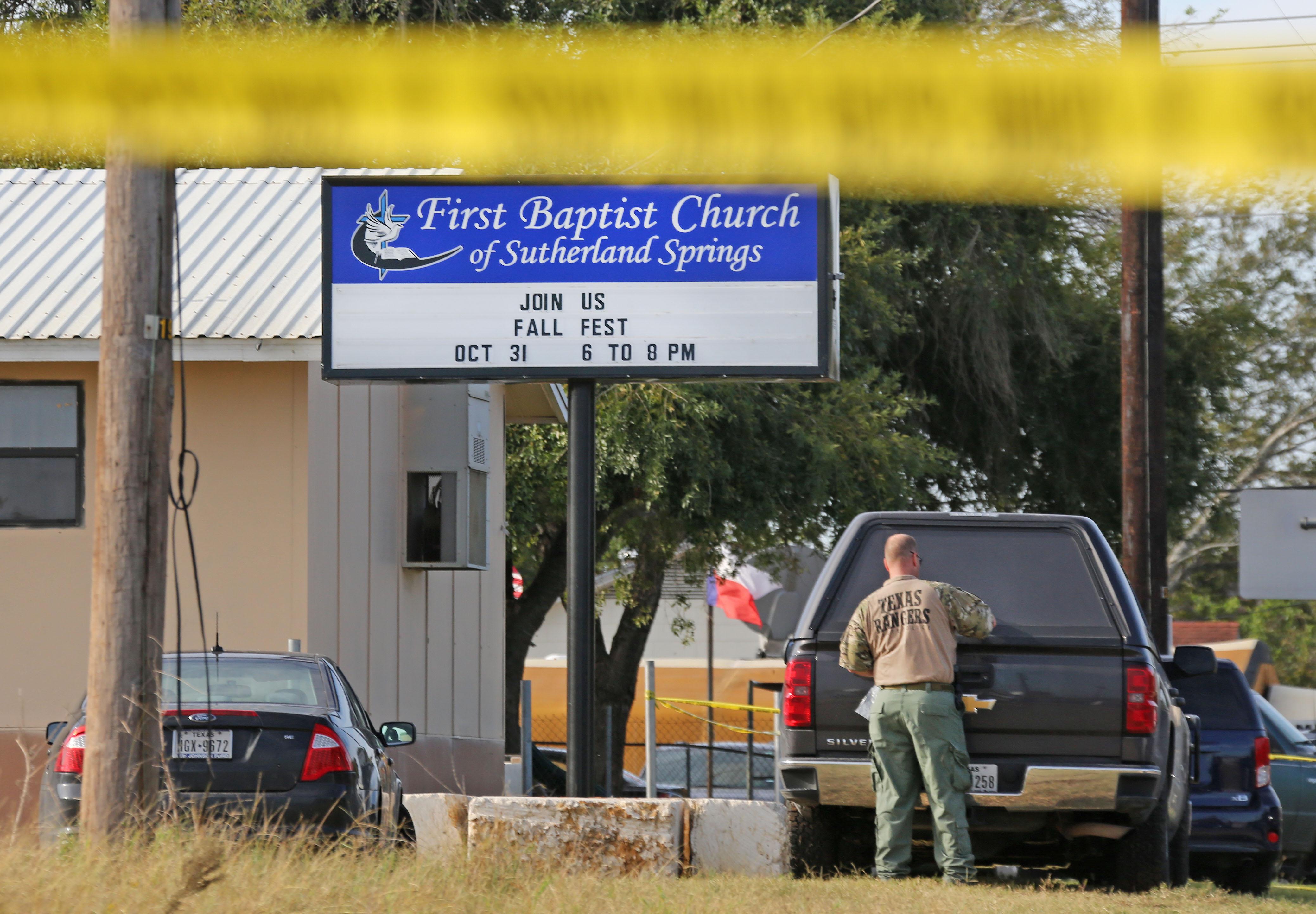 Sutherland Springs church shooter didn\'t have gun license ...
