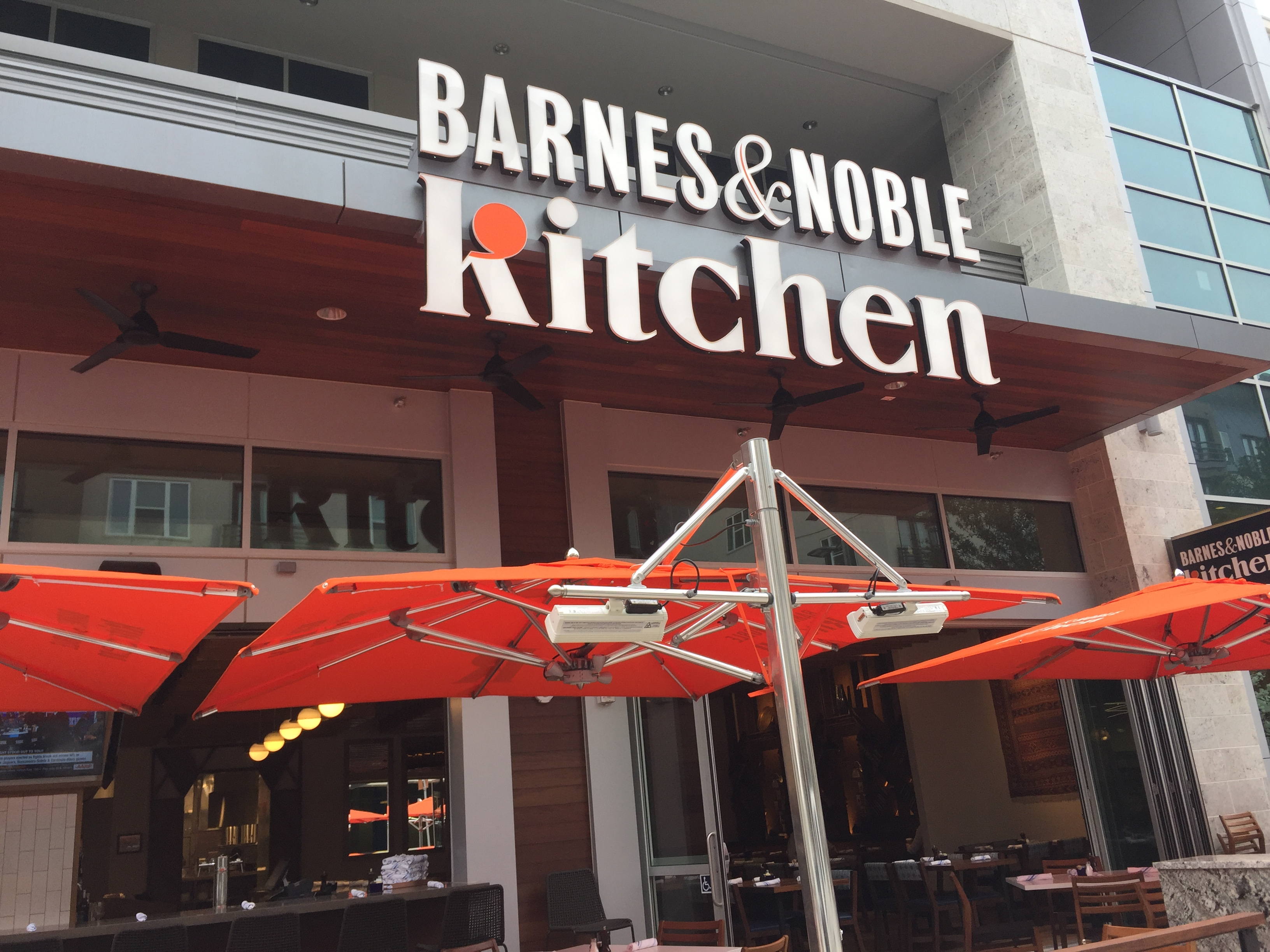 Barnes Noble Kitchen Makes Its Texas Debut In Plano S Legacy West