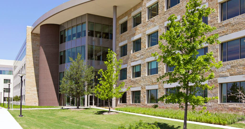 capital one to cut 950 jobs in plano with closing of home loan