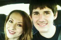 Zach Poston, 18, and his mother, Jennifer.(GoFundMe)