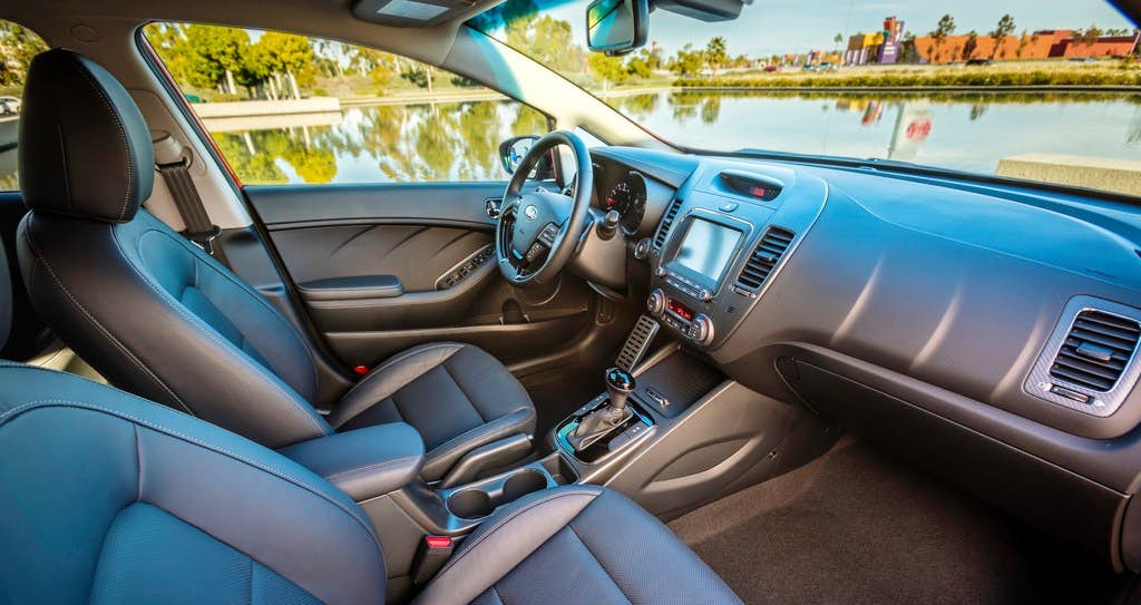 kia reviews black sx com aurora review design autobytel styling abtl spin quick profile and forte