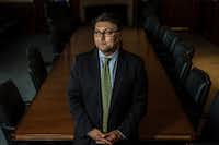"<p>Five weeks into his job, <span style=""font-size: 1em; background-color: transparent;"">Makan Delrahim, the Justice Department's top antitrust regulator, h</span><span style=""font-size: 1em; background-color: transparent;"">as thrown a surprising twist into AT&T'•s blockbuster bid for Time Warner.</span></p>(Stephen Voss/The New York Times)"