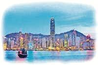 Hong Kong island at night(PuiYuen Ng)