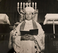 Wider's gift for singing led him to a career as a cantor at various synagogues in New York, Pennsylvania and Texas before he was pulled away by the demands of his Dallas jewelry wholesale business. This photo dates to 1963.<br>(Wider Family<br>/<br>)