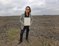 Photographer Brandon Thibodeaux in rural Dallas.(Louis DeLuca/Staff Photographer)
