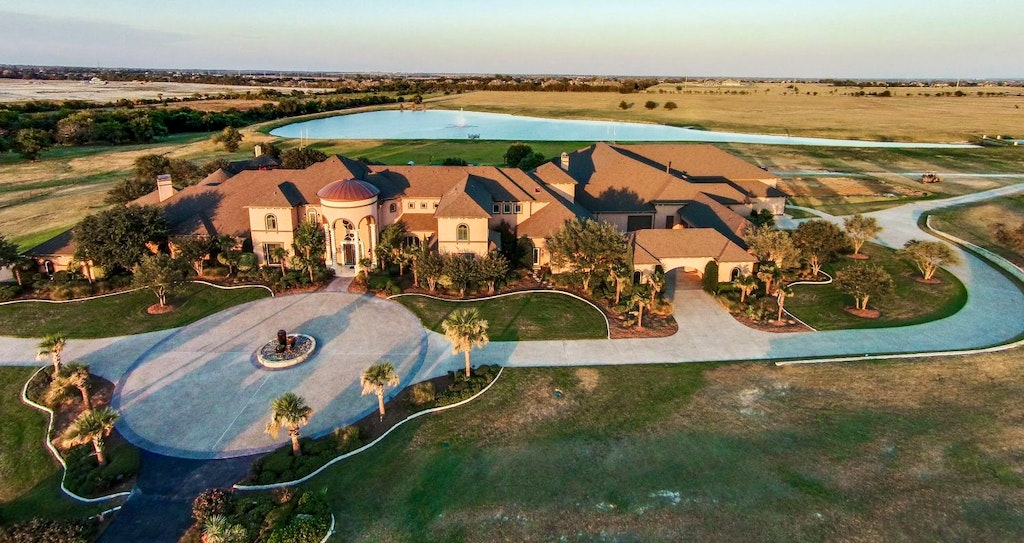 Photo: house/residence of the talented 40 million earning Dallas, Texas-resident