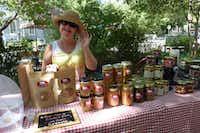 Leslie Luscombe at McKinney Farmers Market(Kim Pierce/Special Contributor)