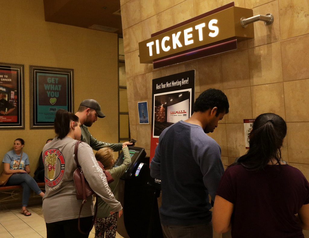 Plano\'s Cinemark competes with MoviePass via new $8.99 monthly movie ...