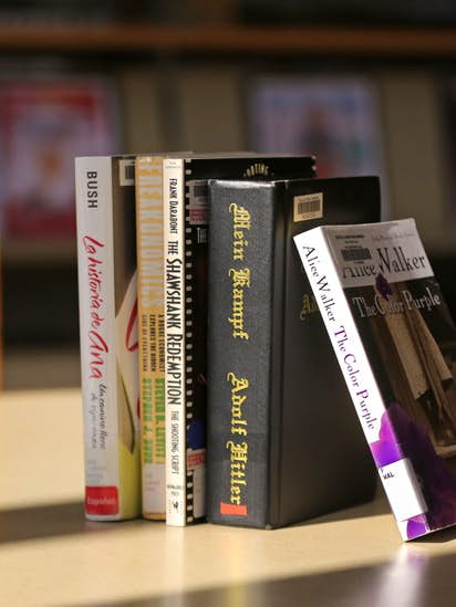 What should Texas inmates read? Banned book list under review ...