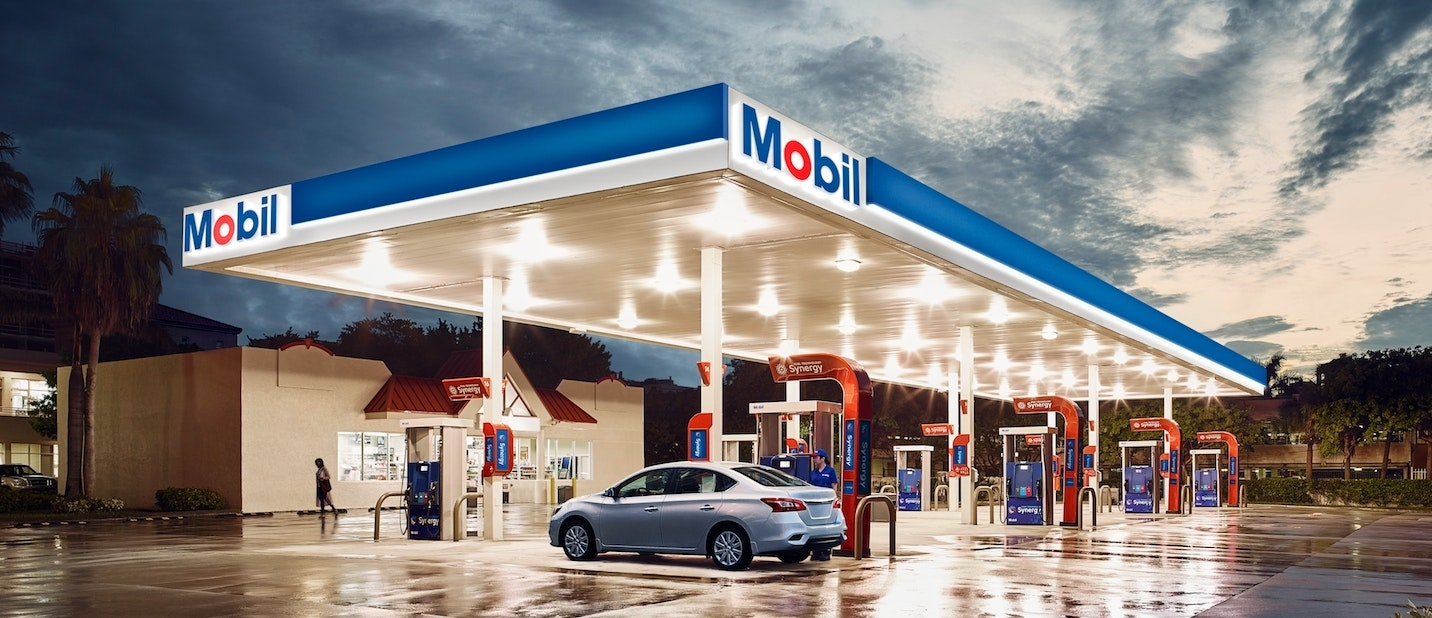 Open Gas Stations Near Me >> Exxon To Open Eight Mobil Gas Stations In Mexico With Plans For 50