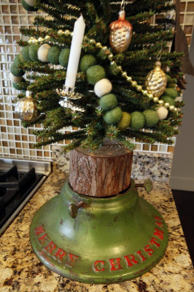 """Even the tree stands are special at Jason McDaniel's<span style=""""background-color: transparent; font-size: 0.6875rem;"""">home.</span>(Ron Heflin)"""