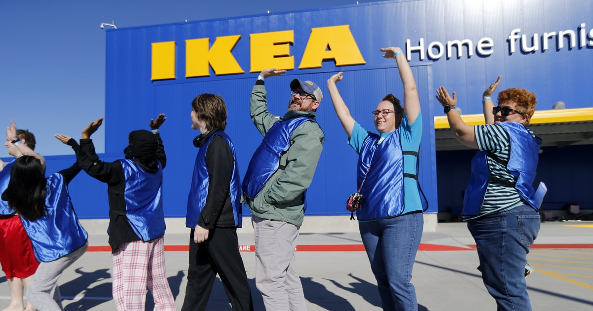 Why does ikea have people lining up before its grand for Ikea grand prairie jobs