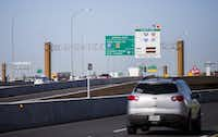 The plan for LBJ East included both free and managed lanes, like the freeway's rebuild between Central Expressway and Interstate 35E.(Ashley Landis/Staff Photographer)