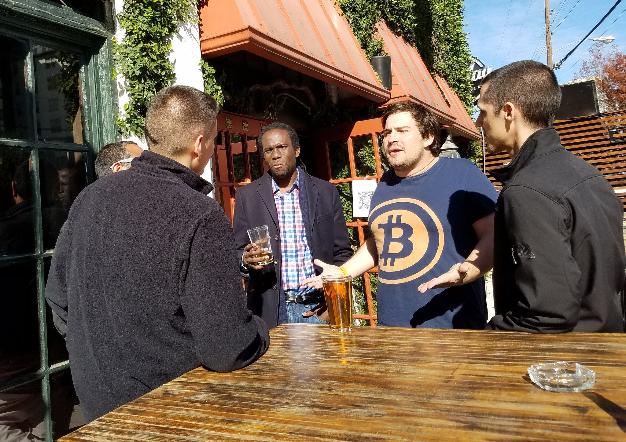 D-FW\'s bitcoin faithful ride the wave and urge newbies to look past ...