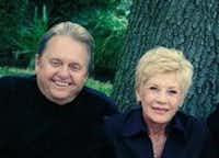 Robert and Linda Hodges(Facebook)