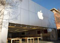 Apple store in Southlake Town Square, 260 Grand Ave. in Southlake, Texas, Thursday, January 4, 2018. (David Woo/Staff Photographer)