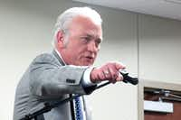 The Rev. Charlie Johnson, founder and director of Pastors for Texas Children, spoke against vouchers at a Waco meeting in 2016.(John Savage/Reporting Texas)