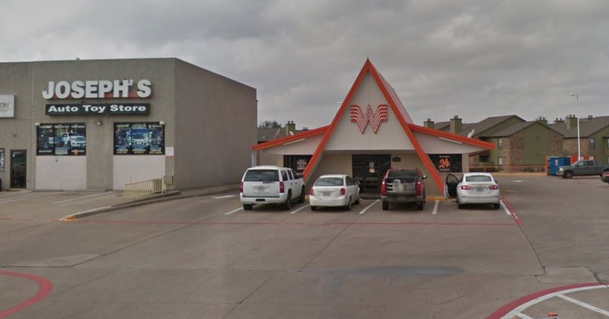 Fast-food bandits hit Mesquite in latest robbery at Whataburger, Jack in the Box stores