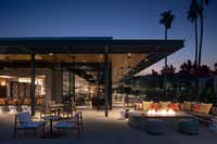 The new resort hotel in Scottsdale, Ariz., has a sleek midcentury modern style.(Don Riddle/)
