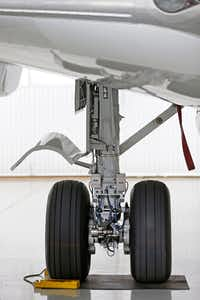 A landing gear of the B737-700 aircraft at Hillwood Airways Hangar at Fort Worth Alliance Airport in Fort Worth, Texas, Tuesday, Aug. 8, 2017. (Jae S. Lee/The Dallas Morning News)(Jae S. Lee/Staff Photographer)