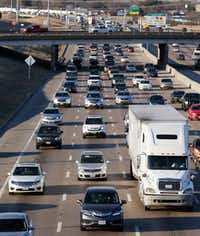 LBJ traffic heading eastbound toward I-30 near the Galloway Avenue intersection in Mesquite, Texas on Wednesday, January 24, 2018. A $1.8 billion project to improve LBJ Freeway from Central to I-30 is on hold after being delayed by the Texas Transportation Commission in Austin on Thursday. (Vernon Bryant/The Dallas Morning News)(Vernon Bryant/Staff Photographer)