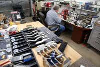 Todd Begg crafts a knife at his shop in Dallas on Jan. 17.(Rose Baca/Staff Photographer)