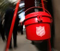 The red kettle at the 2016 Red Kettle campaign at Neiman Marcus in Dallas.(Nathan Hunsinger/Staff Photographer)