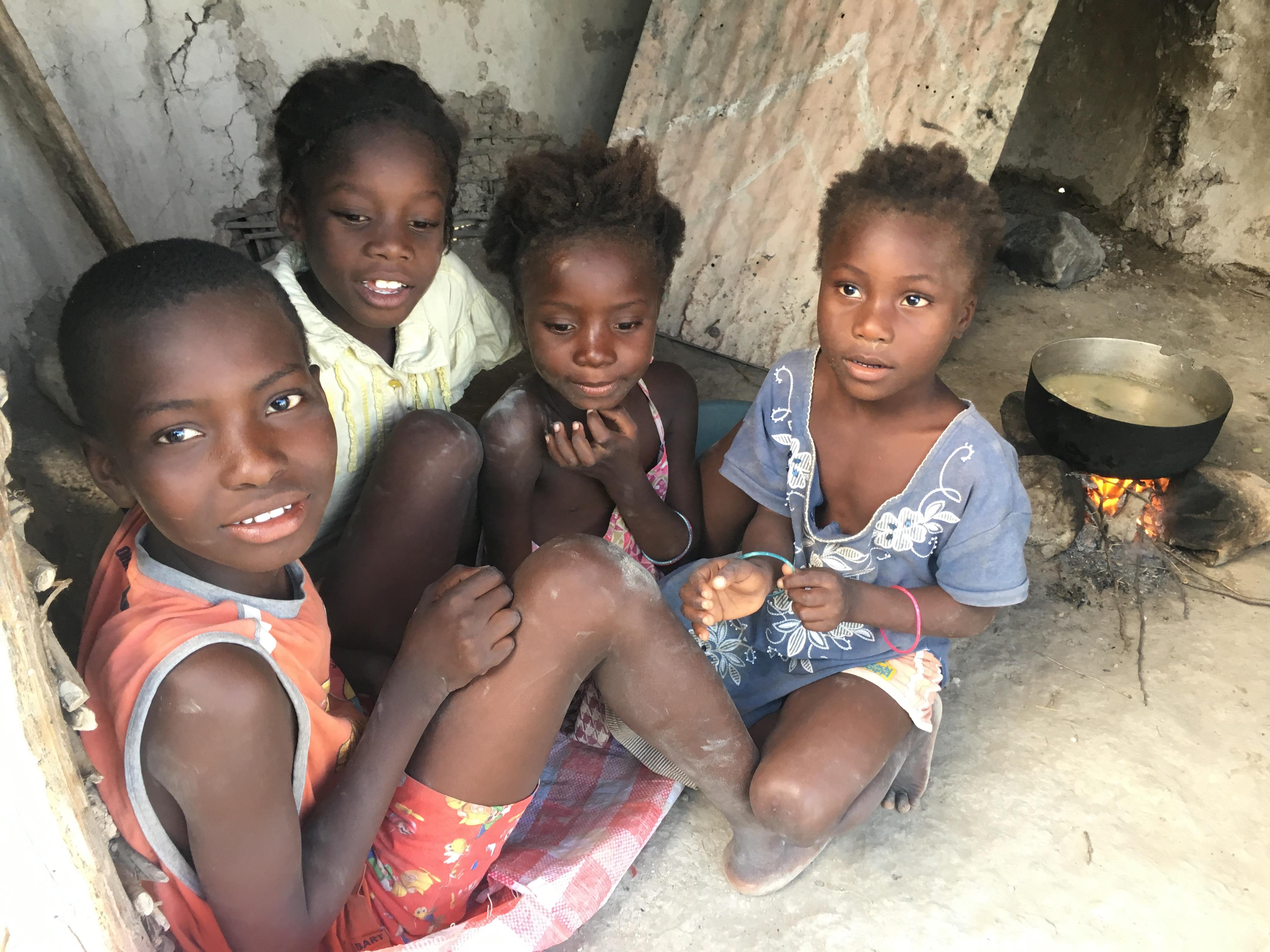 Escort girls Haiti