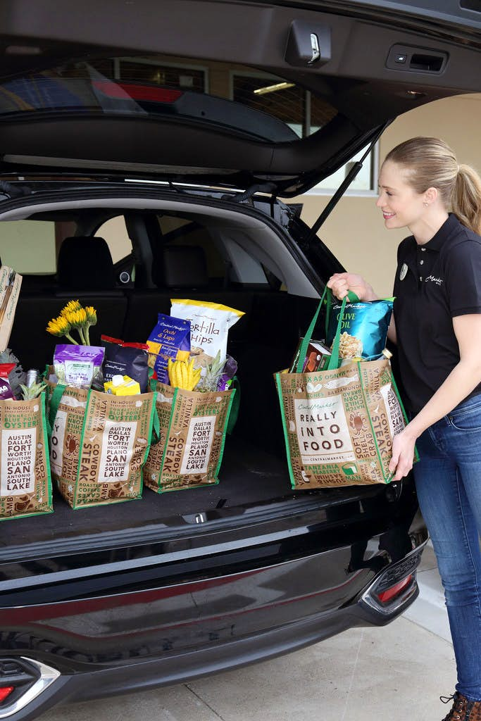 Fort Worth Toyota >> H-E-B is bringing curbside pickup to Central Markets in Dallas-Fort Worth and across Texas ...