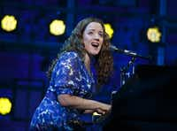 Abby Mueller in&nbsp; the national tour of&nbsp; <i>Beautiful: The Carole King Musical</i>,&nbsp; in 2016. The show will return in 2019.&nbsp;(Joan Marcus)