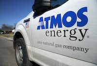 An Atmos Energy gas truck patrols a Dallas neighborhood. (Tom Fox/Staff Photographer)