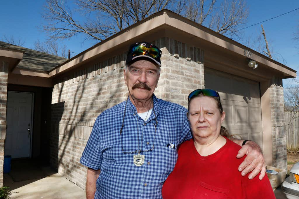 """<p><span style=""""font-size: 1em; background-color: transparent;"""">Jimmy Isbell, 75, and wife Deborah Isbell, 58, are still waiting on fixes to their house, which was built through a city program</span><span style=""""font-size: 1em; background-color: transparent;"""">to demolish and rebuild dilapidated houses owned by people with limited incomes. They say their house is riddled with problems, including missing rain gutters.</span><br></p>(David Woo/Staff Photographer)"""