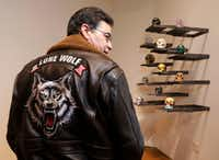 """<p>Bobby Haas has a leather jacket that features a snarling wild animal beneath the words """"Lone Wolf"""" — biker lingo for a rider who isn't affiliated with a gang or club.<span style=""""font-size: 1em; background-color: transparent;"""">""""I've been a lone wolf my entire life,"""" he says.</span></p>(David Woo/Staff Photographer)"""