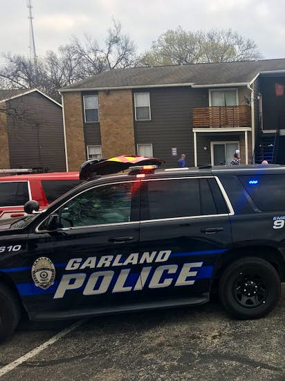 Man wanted in slaying at Garland apartments turns himself in